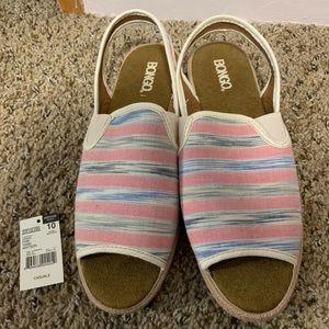 Bongo Open-Toe Flats - Size 10 (runs small) - NWT